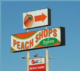 Peach Shops at Byron
