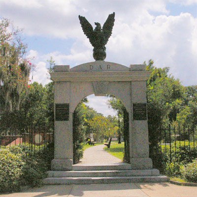 Colonial Park Cemetery Entrance