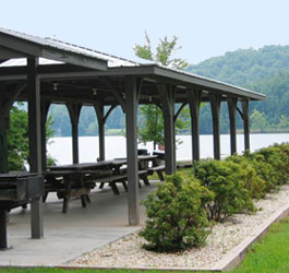 Lakeside Pavilion at Moccasin Creek State Park