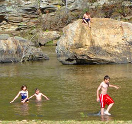 Children playing at Sprewell Bluff Outdoor Recreation Area